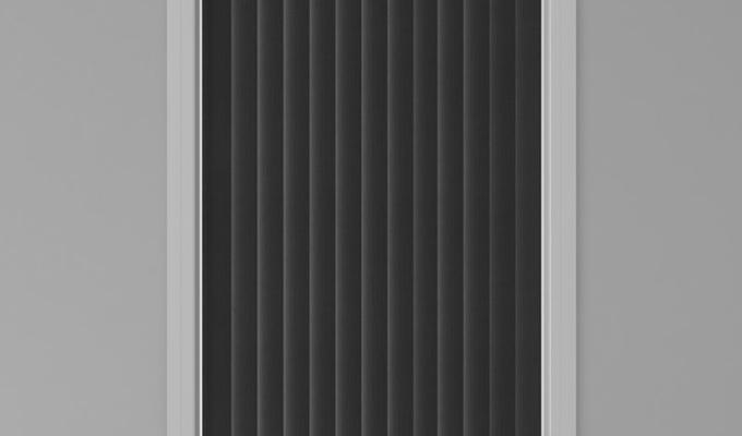 Vertical Window Black
